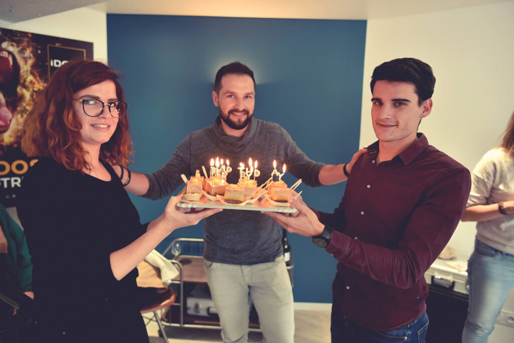 IDCOM - #birthday