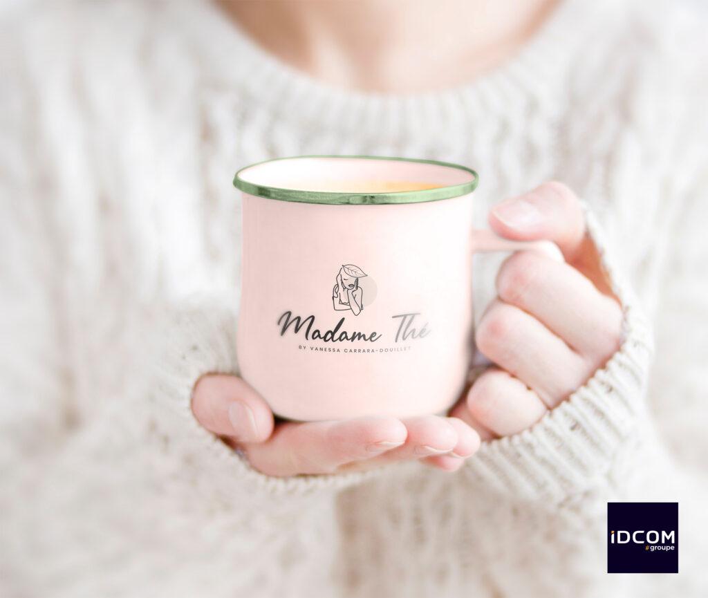 Mockup-mug-logo-idcom